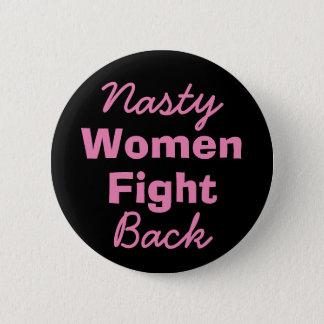 Badges Les femmes méchantes battent en retraite