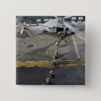 Badges Les marines disposent à embarquer un MH-60S