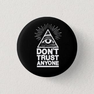 Badges Ne faites pas confiance à n'importe qui