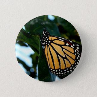 Badges Papillon de monarque dans les lilas