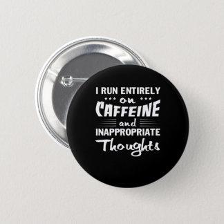 Badges Pensées inadéquates de caféine de course de café