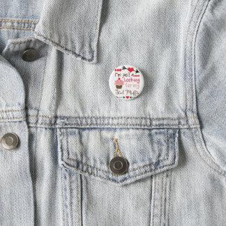 Badges Petit pain rouge-rose de goujon de petit gâteau de