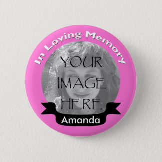 Badges Rose dans le bouton affectueux de photo de mémoire