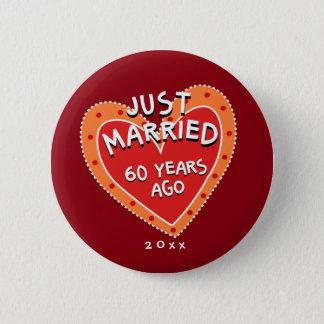 Badges Soixantième anniversaire drôle et romantique