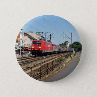 Badges Train de marchandises dans la maison crue au Rhin