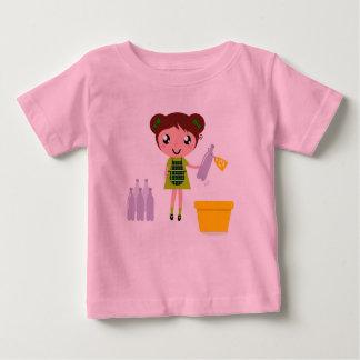 Badine des concepteurs que le T-shirt avec