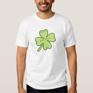 Badminton chanceux de shamrock t-shirts