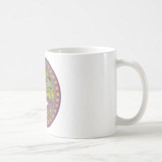 Bagout ethnique décoratif de prune de dentelle mug