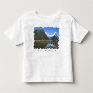 Baie de Milford Sound, crête de mitre, Nouvelle T-shirt Pour Les Tous Petits