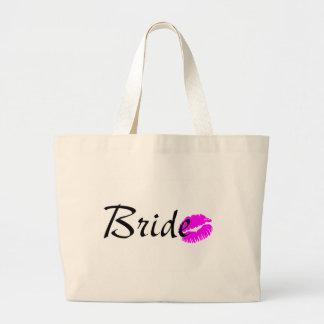 Baiser de jeune mariée sacs fourre-tout