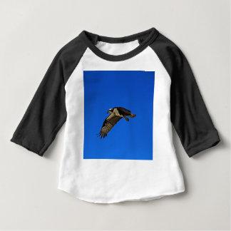 Balbuzard en vol II T-shirt Pour Bébé