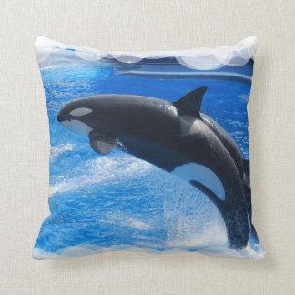 Baleine sautante d'orque coussins carrés