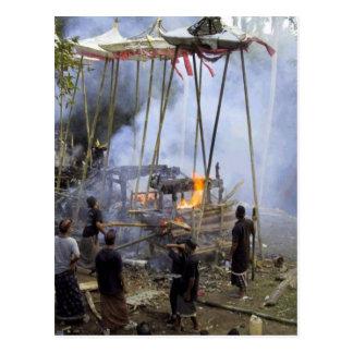 Bali, cérémonie funèbre de Balinese Carte Postale