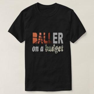 Baller sur un T-shirt de budget