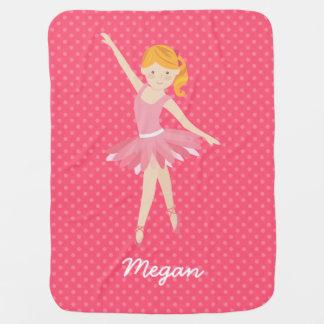 Ballerine blonde avec le pois rose couvertures pour bébé