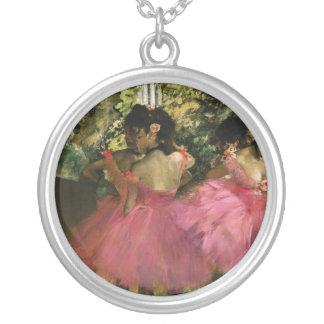 Ballerines dans le rose par Edgar Degas Pendentif Rond