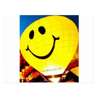 Ballon à air chaud de visage souriant cartes postales