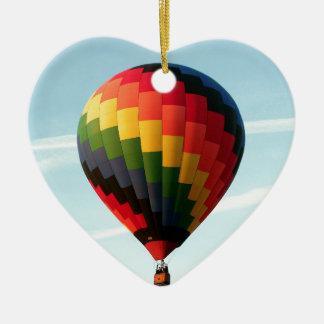 Ballon à air chaud en haut ornement cœur en céramique