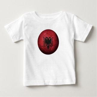Ballon de football albanais usé du football de t-shirt pour bébé