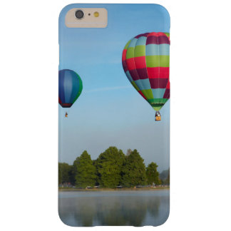 Ballons à air chauds au-dessus d'un lac, NZ Coque iPhone 6 Plus Barely There