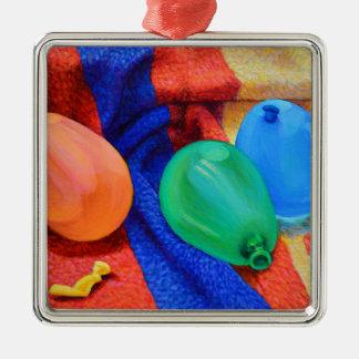 Ballons de l'eau à la plage ornement carré argenté