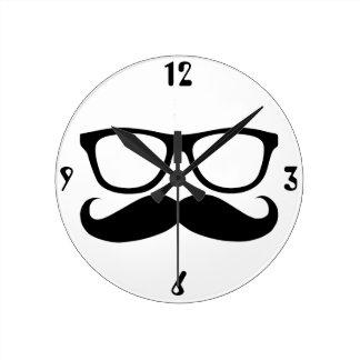 Ballot de moustache horloge ronde