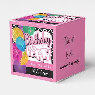 Ballotins Fête d'anniversaire avec des ballons dans le rose