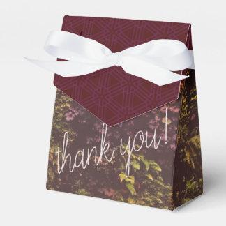 Ballotins Sac rouge de cadeau de Merci de mur de plante