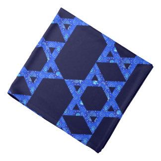 Bandana juif d'étoile de David de garçons dans le