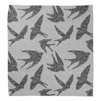 Bandana Oiseaux japonais en vol, charbon de bois et