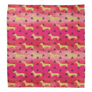 Bandana Rouge/or/motif noir de teckel et de triangles