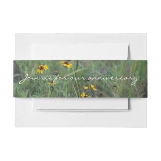 Bande de ventre d'invitation de gisement de fleur bandeaux de faire-part