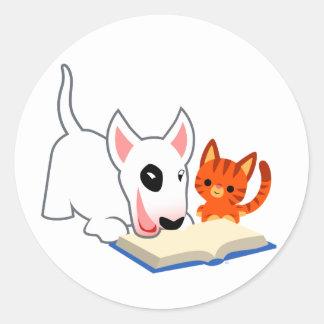Bande dessinée Bullie et Kitty avec l'autocollant Sticker Rond