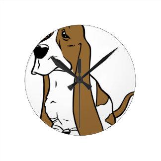 Bande dessinée de chien de basset horloge ronde