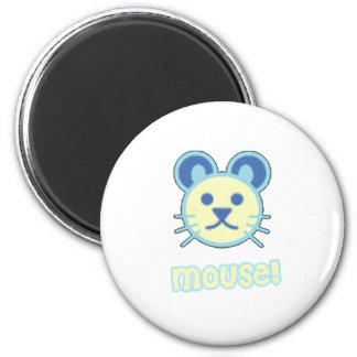 Bande dessinée de souris de bébé magnet rond 8 cm