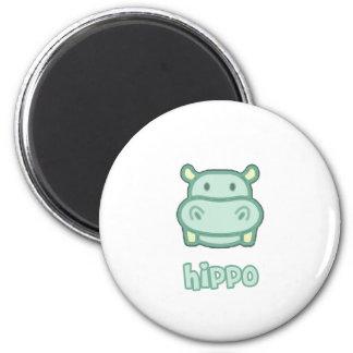Bande dessinée d'hippopotame de bébé magnet rond 8 cm