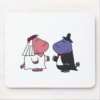 Bande dessinée drôle de mariage de jeunes mariés tapis de souris