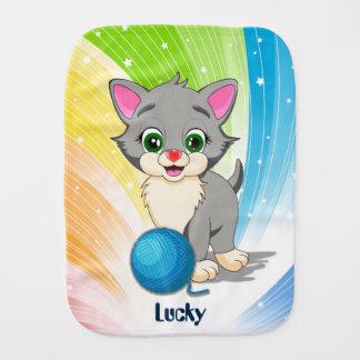 Bande dessinée grise de chaton de Cutie Linges De Bébé