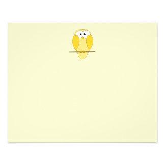 Bande dessinée mignonne de hibou. Jaune Prospectus 11,4 Cm X 14,2 Cm