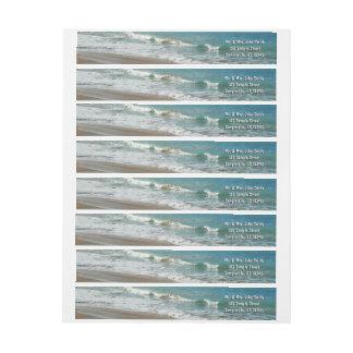 Bande Pour Adresse De Retour Vagues enroulant sur l'océan de bleu de turquoise
