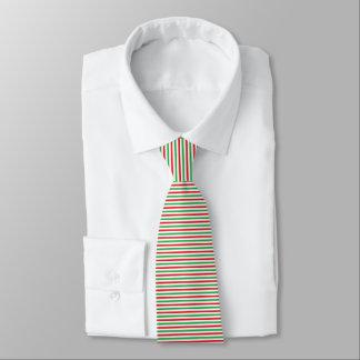 Bandes rouges, de blanc et de vert cravates