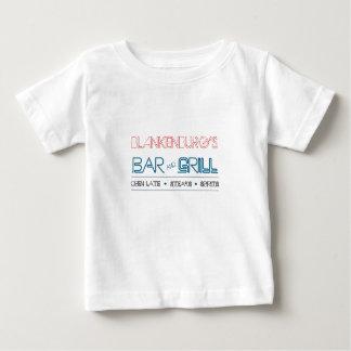 Bar et grill, bébé ! t-shirt pour bébé