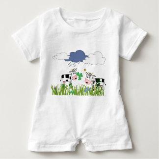 Barboteuse Vaches sur le pâturage