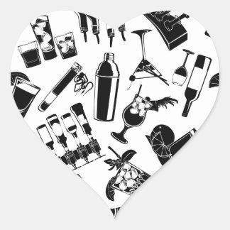 Barre noire de cocktail de motif sticker cœur