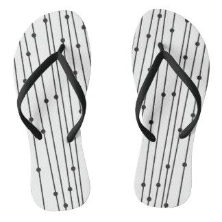 Bascules noires et blanches simples pour l'usage tongs