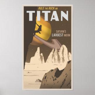Basculez l escalade sur le titan une lune de Satu Affiches