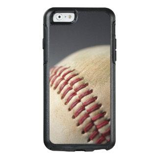 Base-ball avec la marque d'impact coque OtterBox iPhone 6/6s