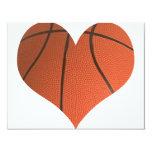Basket-ball classique coupé dans une forme de carton d'invitation 10,79 cm x 13,97 cm