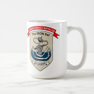 "Bataillon d'assaut de combat ""l'Iron Fist "" Mug"