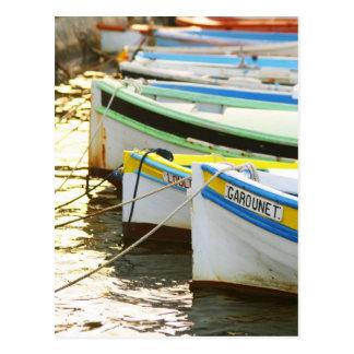 Bateaux de pêche typiques de Provencal peints Carte Postale